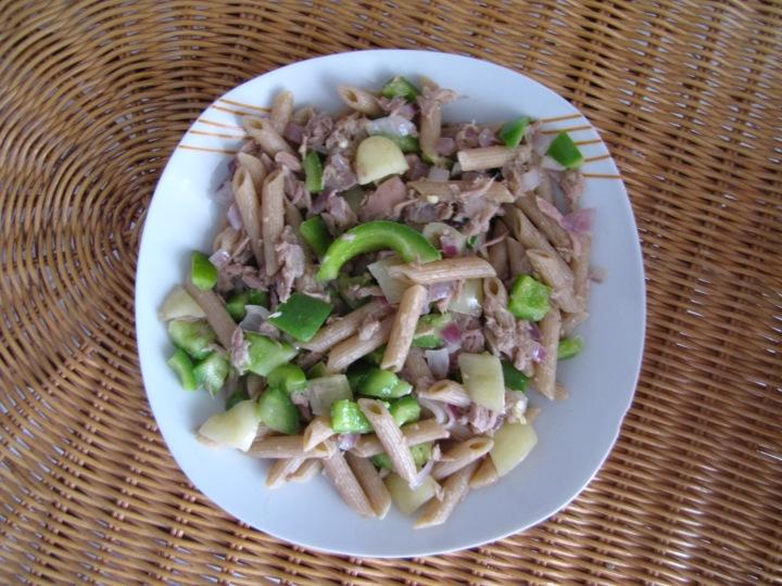 Pasta with veggies andtuna